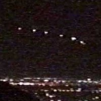 Phoenix lights2 200x200 UFOs on Camera   Gallery 2