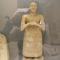 ancient sumerian statue 200x200 Ancient Aliens Gallery 4