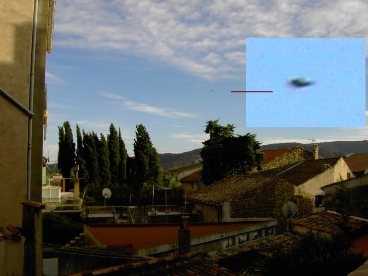 UFO spotted over village Silver Orb Disc Shaped Evidence