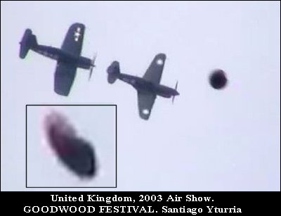 Large UFO spotted momentarily at British Air Show - UK 2003