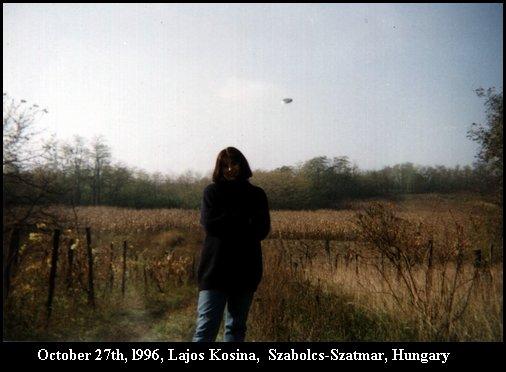 Silver disc shaped UFO - Flying Saucer - Szabolcs-Szatmar, Hungary - October 27th, 1996