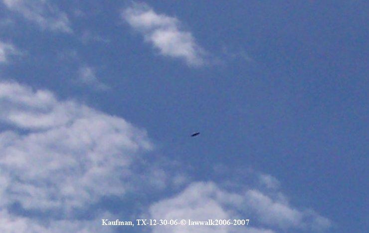Flying Saucer Shaped UFO Disc - Kaufman, TX 12/30/2006
