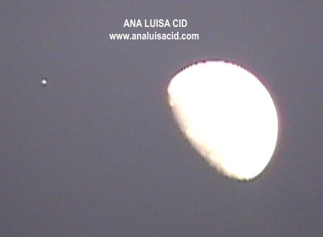 UFO Silver Orb spotted near Moon