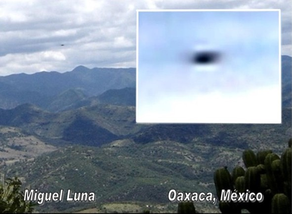 UFO spotted over Mountain - Oaxaca, Mexico