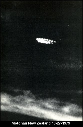 UFO Circular Lights Craft - Motonau, New Zealand, 10/27/1979