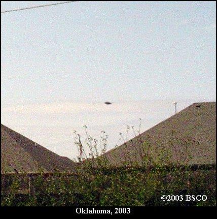 UFO Flying Saucer Top Secret TR-3B UAV Stealth - Oklahoma, 2003