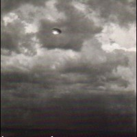 southafrica1956large2 200x200 UFOs on Camera   Gallery 2