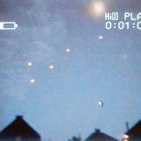 ufo balloons sunderland1 200x200 UFOs on Camera   Gallery 2