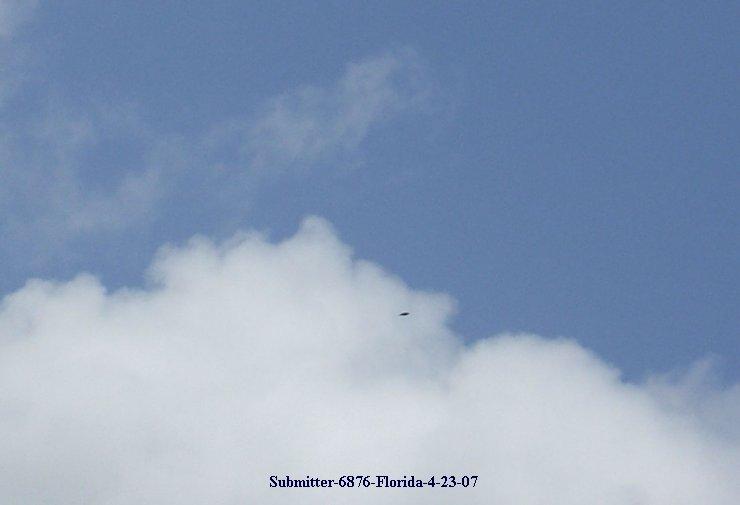 Silver UFO TR-3B - Florida 04/23/2007