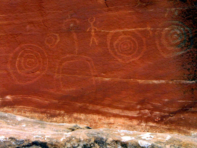 Lower Mule Canyon Spiral Petroglyph