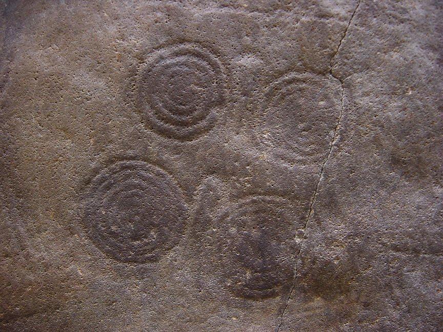Masso di Bornio (2800-2400 a.C.) Valcamonica Spirali