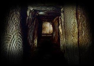 gavrinis passage grave France