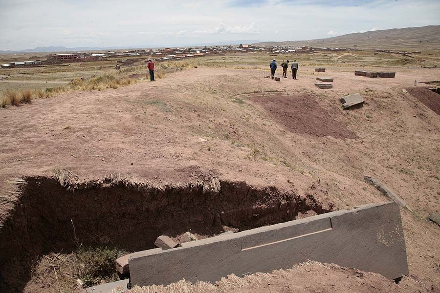 Buried City Akapana Pyramid, Bolivia, Pumapunku