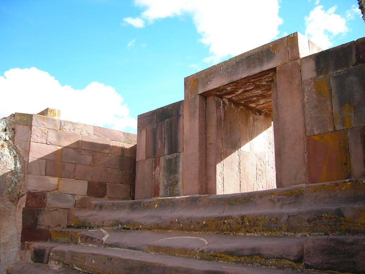 Doorway Pumapunku