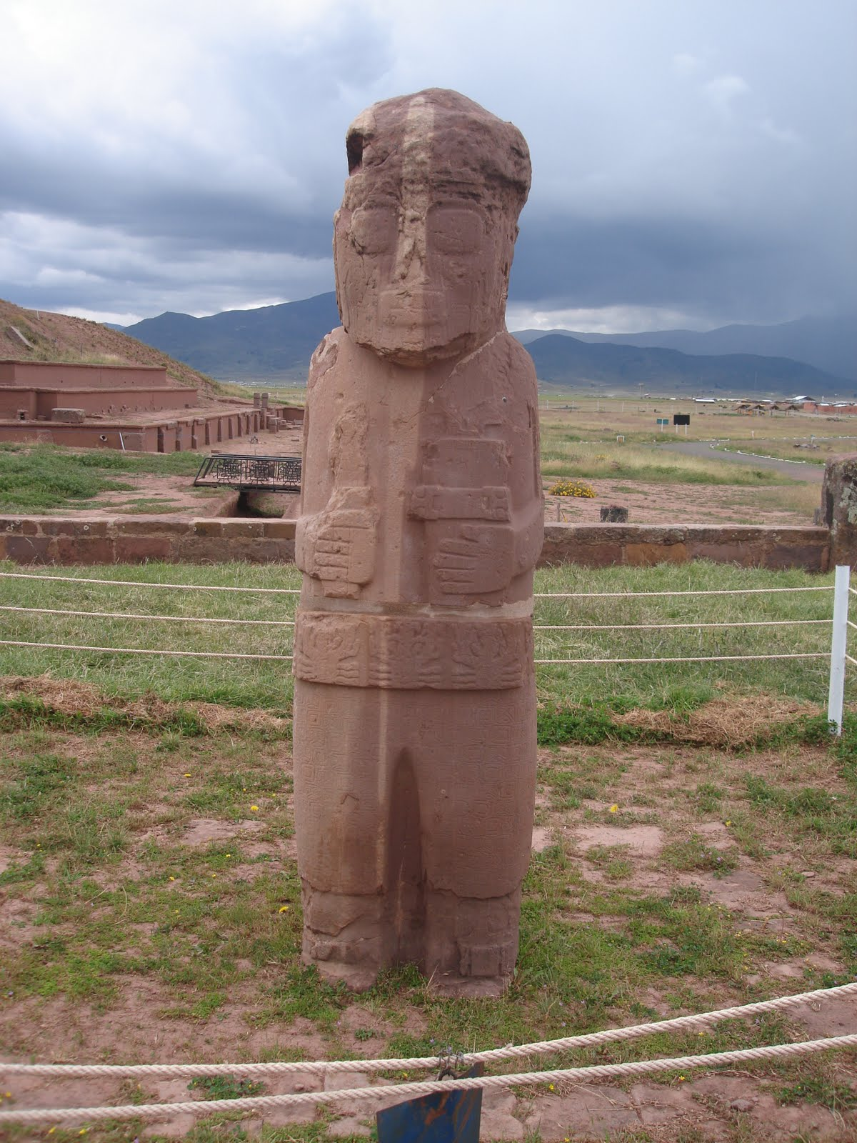 Giant Pumapunku Stone Statue