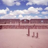 Kalasasaya Courtyard Tiwanaku Ancient Andes Pumapunku 200x200 Pumapunku