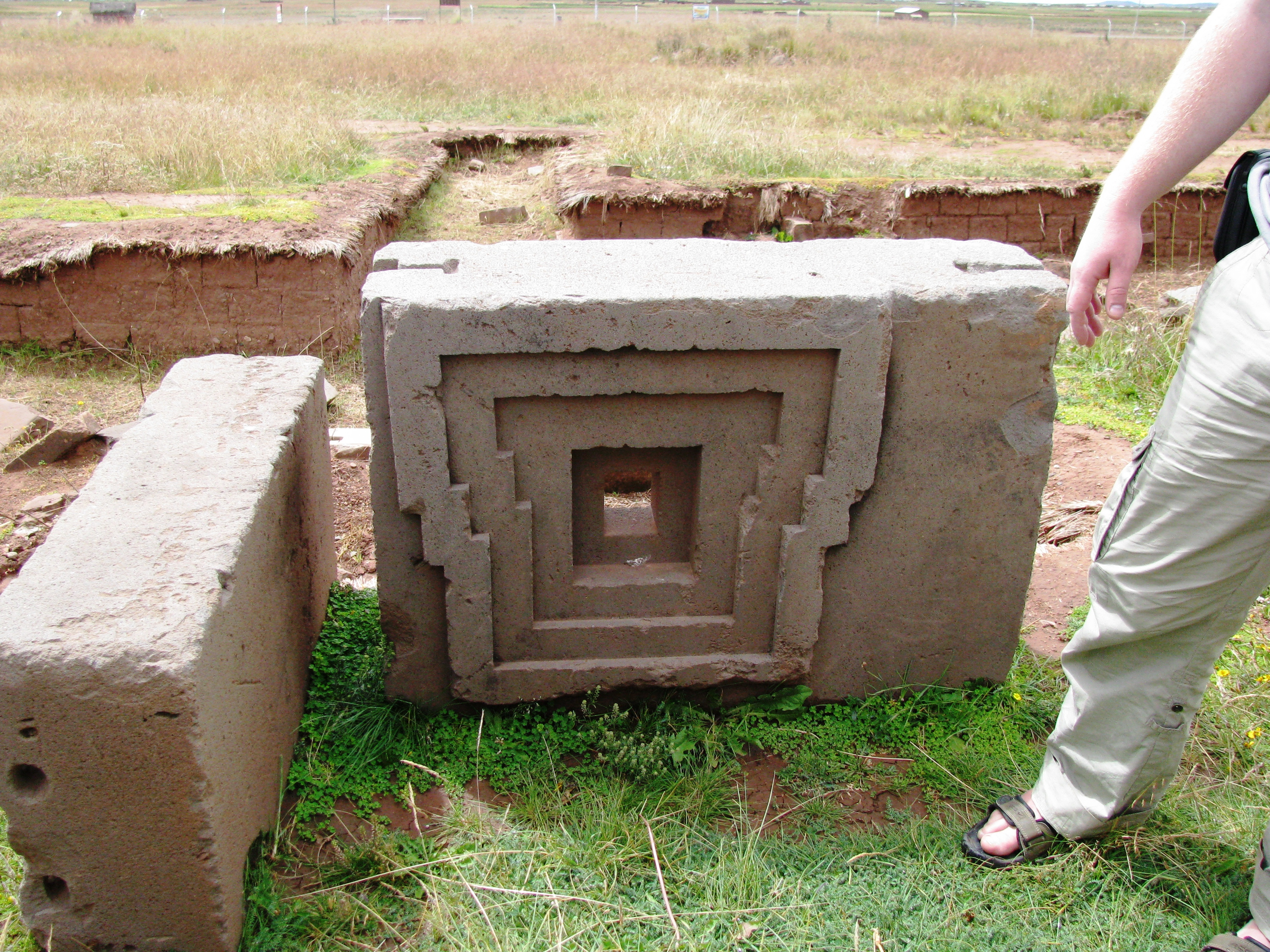 Pumapunku Machined Stone Design Ancient Technology