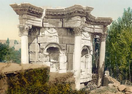 Round Temple of Venus in Baalbek