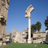 Ruins of Baalbek Courtyard 200x200 Baalbek
