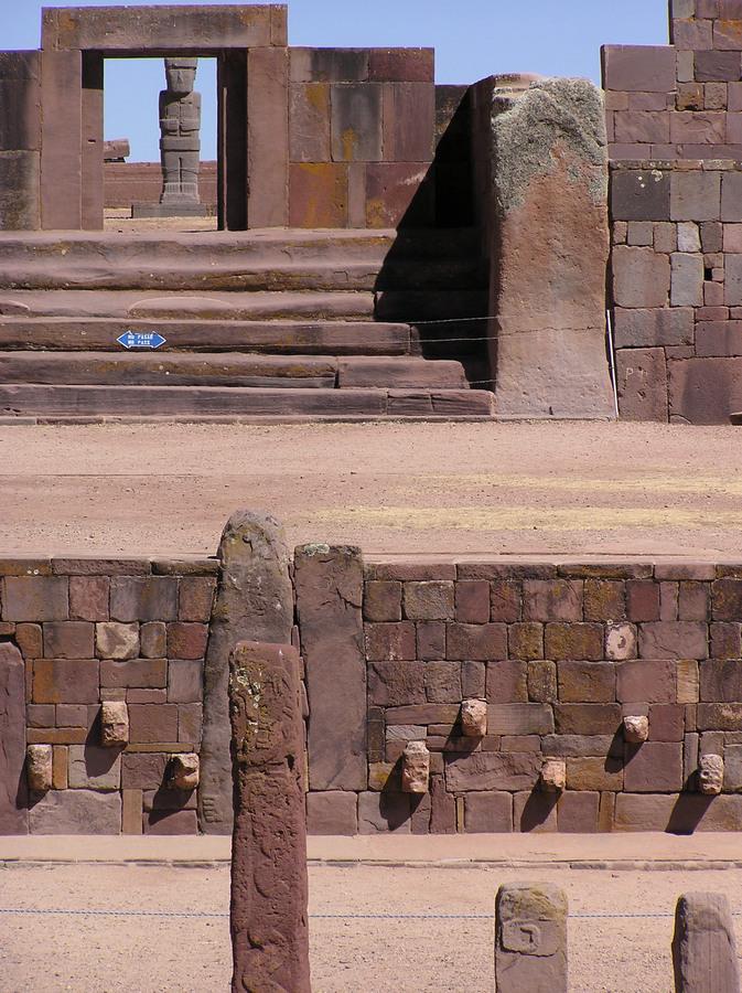 Stargate and Statues Pumapunku