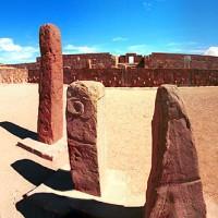 Tiahuanaco stone pillars 200x200 Pumapunku