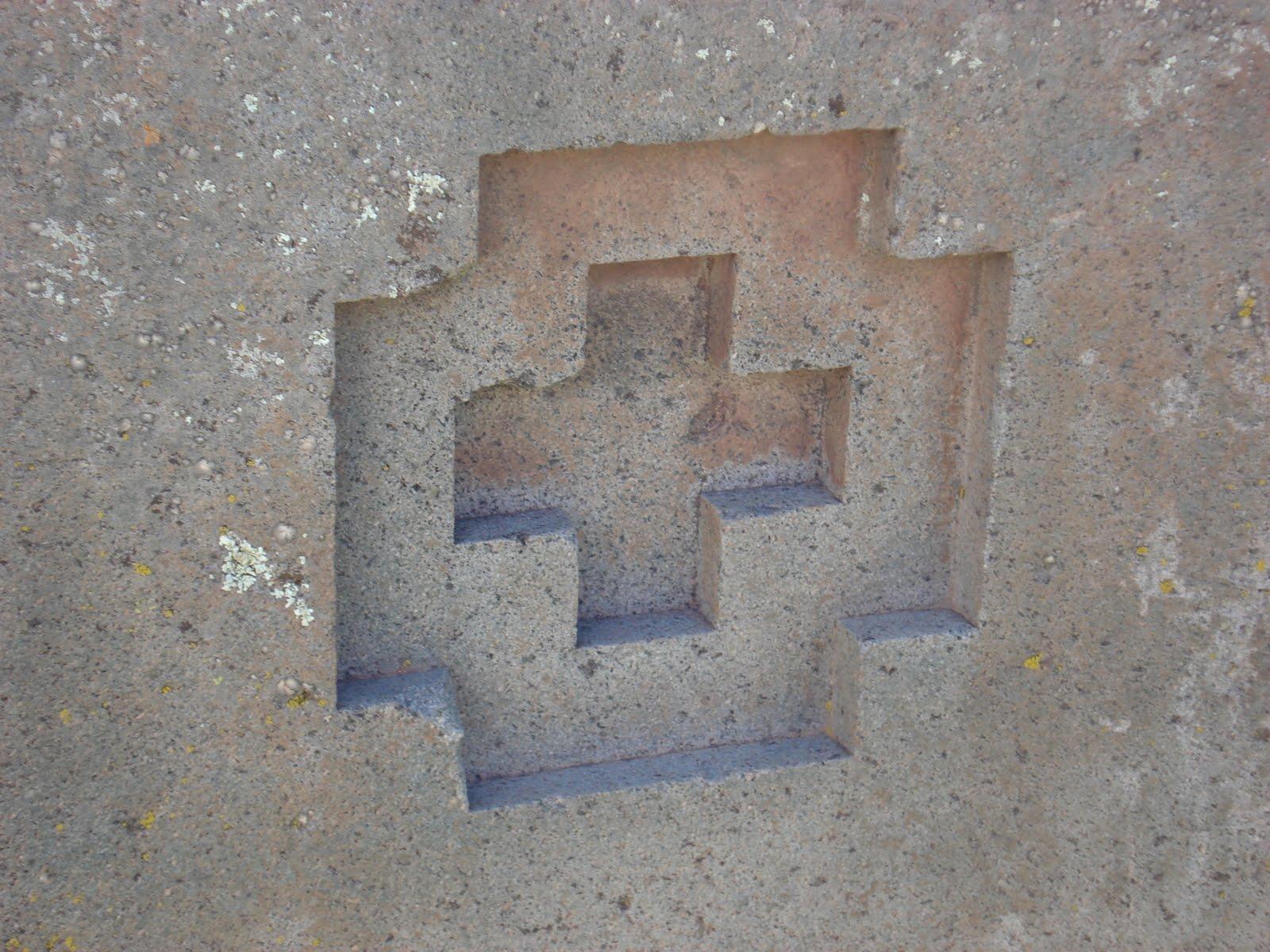 machine cut stones at pumapunku mystery at Tiwanaku