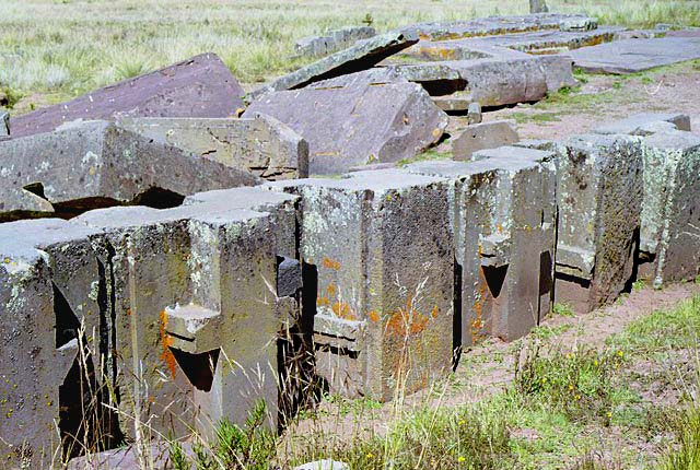 pumapunku ancient mystery