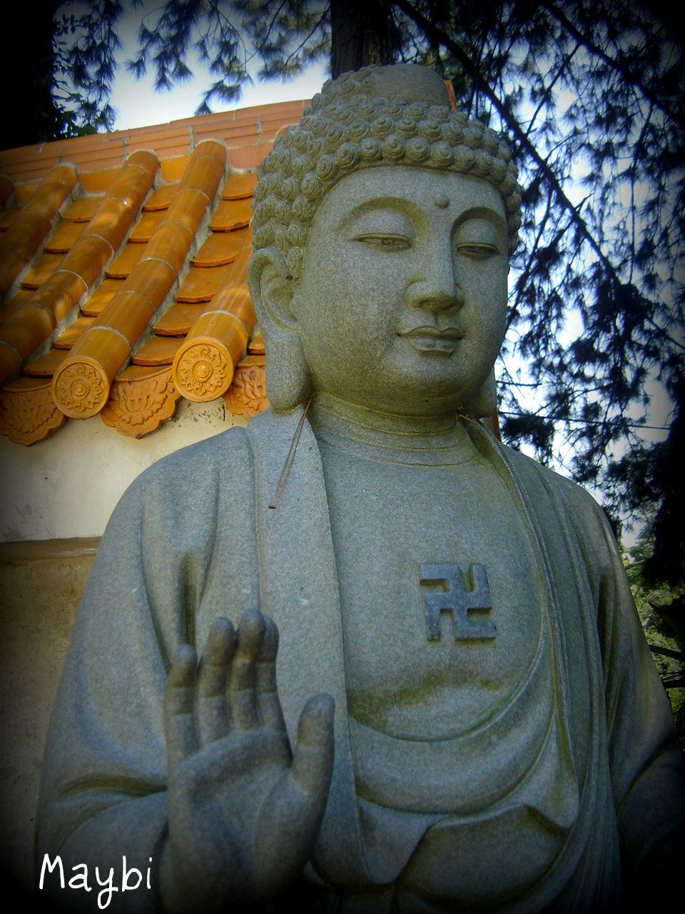 swastica cross buddha